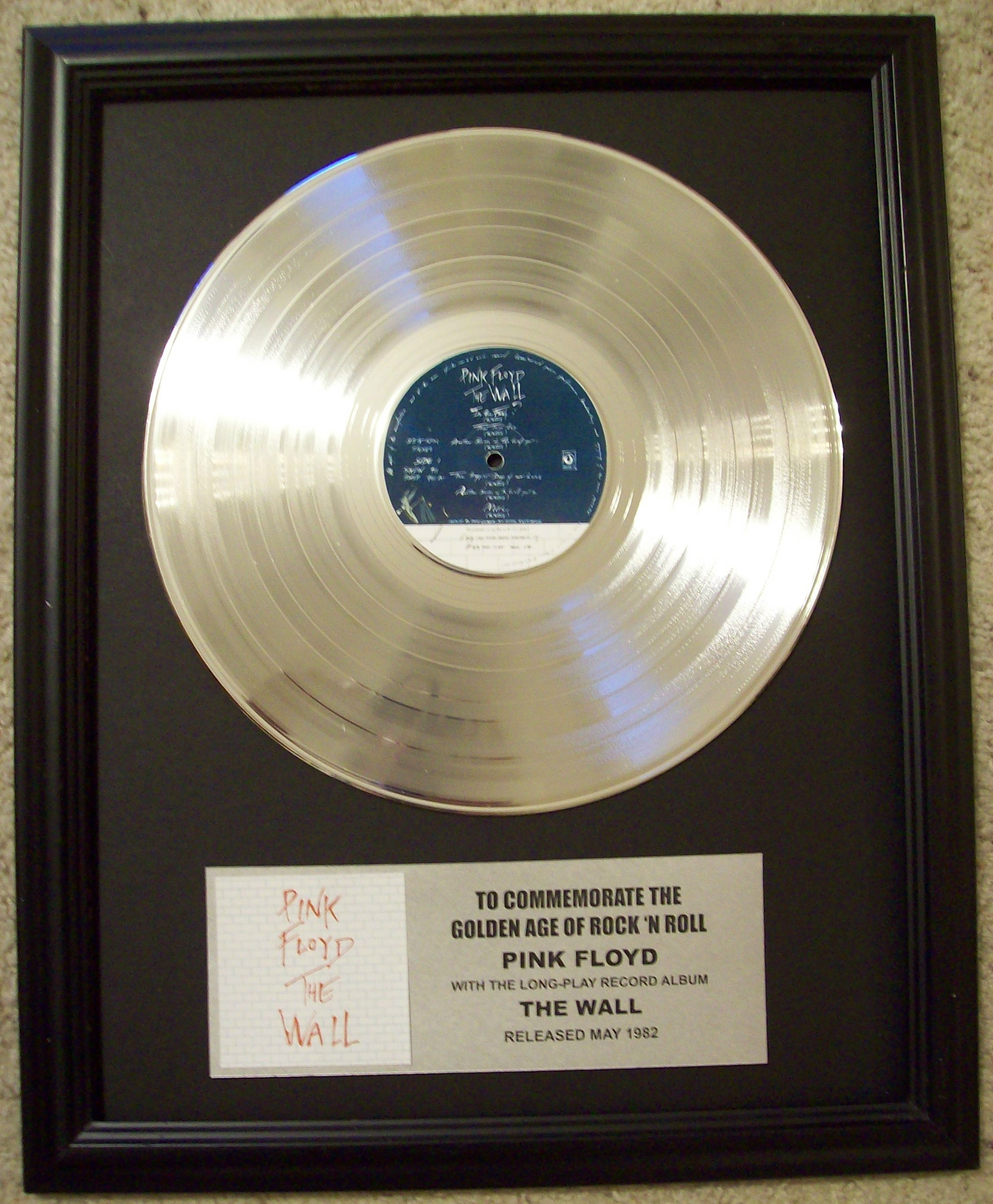 Image for Pink Floyd The Wall Platinum Record Album